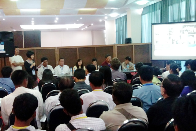 An expert panel included representatives of MCRB and several other Myanmar civil society organisations.